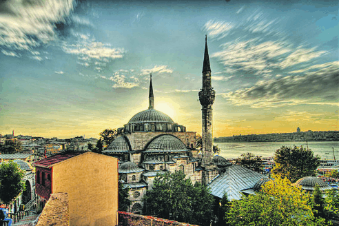 Masjid-masjid yang Menakjubkan di Istanbul 4