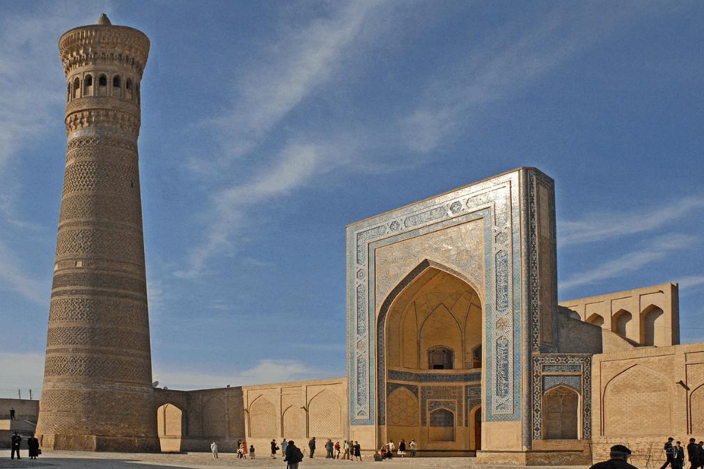 Masjid dan Menara Kalon 1