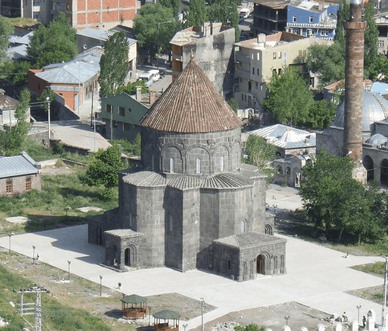 Masjid Kümbet 1