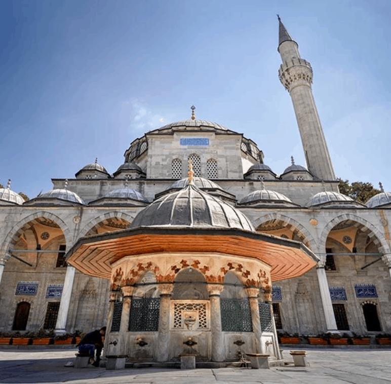 Masjid Sokollu Mehmet Pasha Camii di Istanbul 3