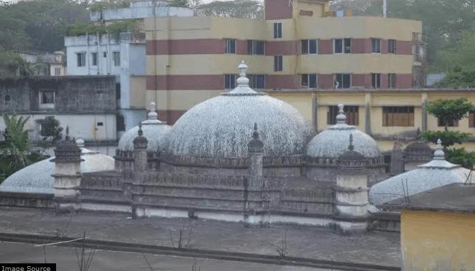 Masjid di Negeri Kincir Angin 5