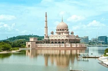 7 Masjid Indah Di Sekitar Malaysia