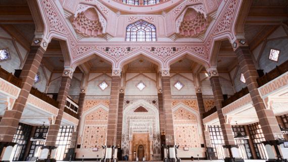 Masjid Putra – Masjid Paling Suci di Malaysia