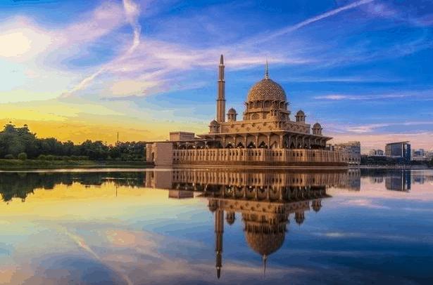 Masjid Tertinggi Di Dunia 5