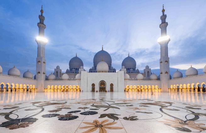 5 Masjid Terindah di Dunia 4