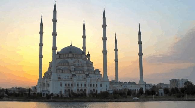 5 Masjid Terindah di Dunia 1