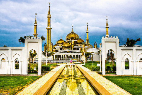 Masjid Kristal Malaysia yang Menakjubkan