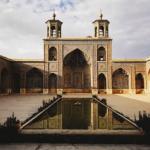 Masjid Iran Dengan Arsitektur Islamnya Yang Memukau dan Indah