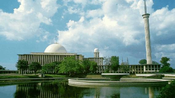 Masjid Istiqlal Tampak Megah Kembali