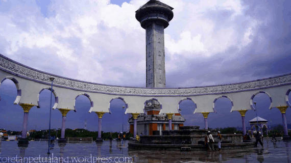 4 Bagian Menarik Menara Masjid Agung Semarang