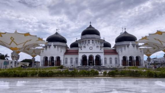 4 Masjid Baiturrahman yang Terkenal di Indonesia