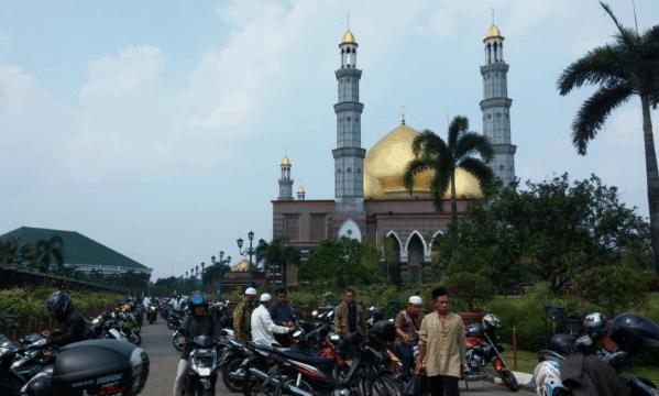 Masjid Kubah Emas Dian Al Mahri
