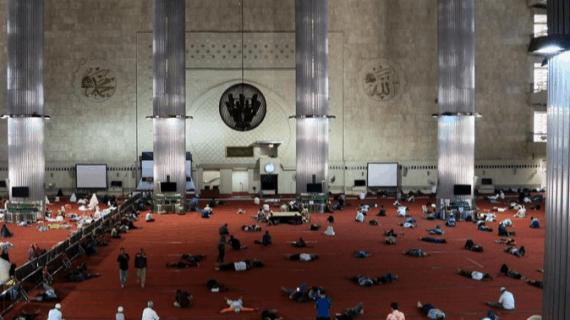 Perbandingan Iktikaf Masjid Jogokariyan dengan 5 Masjid Populer di Indonesia