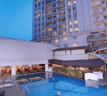 5 Hotel Dekat Masjid Agung Bandung Cocok Untuk Pelesir dan Bisnis