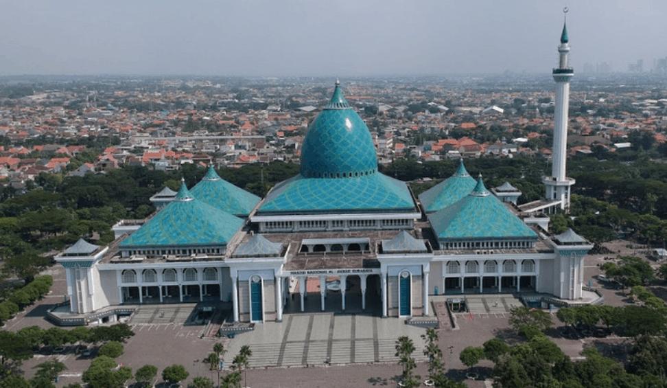 Masjid Agung Al Akbar Surabaya