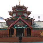 Wisata Religi di Masjid Agung Al Akbar Surabaya dan 3 Masjid Lainnya di Surabaya