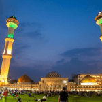 Masjid Raya Agung Bandung dengan 5 Fakta Mengagumkan