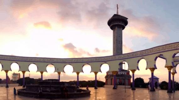 6 Keistimewaan Masjid Agung Jawa Tengah Semarang Sebagai Wisata Religi