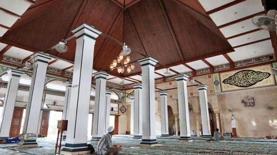 Mengenal Sejarah Masjid Luar Batang Dari 3 Perspektif