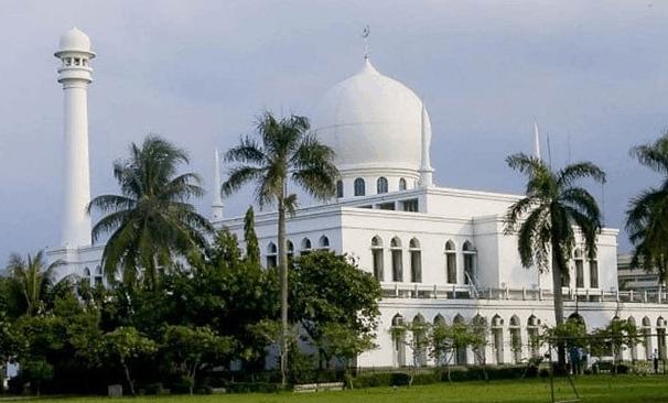 Masjid Agung Al Azhar Jakarta