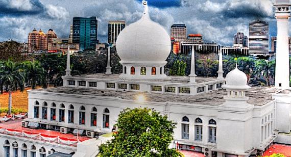 5 Langkah Mengenal Komplek Masjid Agung Al Azhar