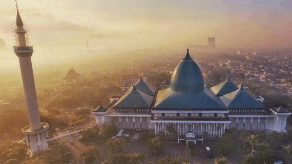 Masjid Agung Surabaya Menjadi Masjid Nasional Ke-2 Di Indonesia