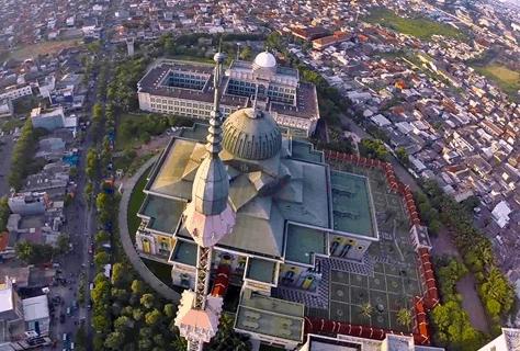 Masjid Raya Jakarta Islamic Centre
