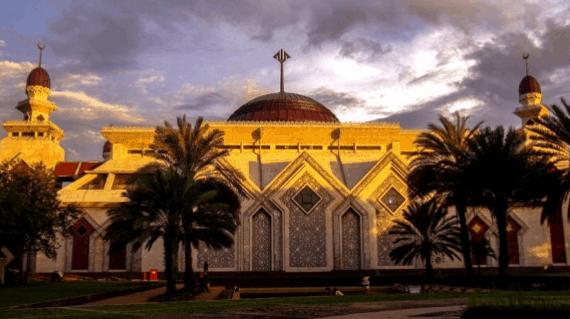 Pesona 5 Masjid Terindah Di Jakarta