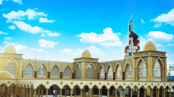 3 Gaya Arsitektur Masjid Nurul Iman Blok M