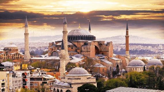 Hagia Sophia Dalam 4 Era Kekuasaan